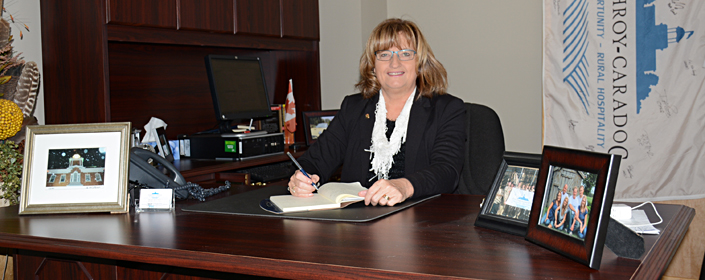 Mayor Joanne Vanderheyden
